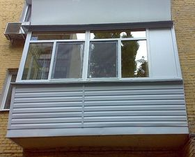 Обшивка балкона сайдингом — Захаров