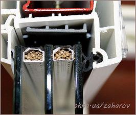 Замена оконного резинового уплотнителя Rehau — Захаров